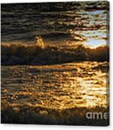 Sundown On The Waves Canvas Print