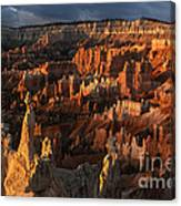 Sunrise At Bryce Canyon Canvas Print