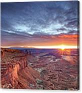 Sunrise At Canyonlands Canvas Print