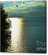 Sunset On The Bay Of Green Bay Wi Canvas Print
