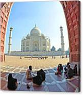 Taj Mahal In Fisheye Canvas Print