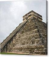 The Famous Kulkulcan Pyramid At Chichen Itza Canvas Print