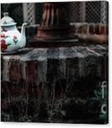 The Fountain And The Teapot Canvas Print
