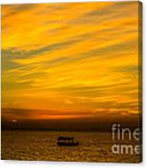 The Golden Sky That Mesmerize  Canvas Print