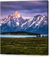 The Grand Tetons mountain range in Wyoming, USA. Canvas Print