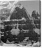 1m3752-bw-the Great North Face Of North Twin Canvas Print