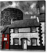 The Smallest House In Great Britain Canvas Print