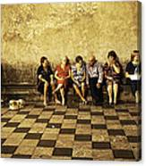 Tourists On Bench - Taormina - Sicily Canvas Print