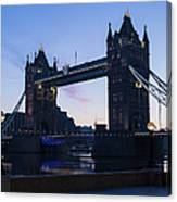 Tower Of London At Dawn Canvas Print