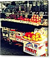 Vintage Outdoor Fruit And Vegetable Stand - Markets Of New York City Canvas Print