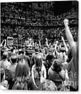 U2-crowd-gp13 Canvas Print