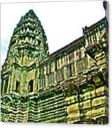 Upper Level Tower In Angkor Wat In Angkor Wat Archeological Park Near Siem Reap-cambodia Canvas Print