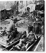 U.s. Army Medics Treat Wounded Soldiers Canvas Print