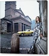 Veruschka Von Lehndorff Standing In Piazza Di San Canvas Print