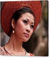 Vietnamese Bride 09 Canvas Print