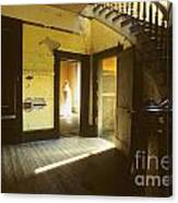Visitor At The Meade Hotel Canvas Print