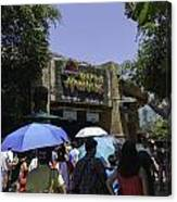 Visitors Thronging The Jurassic Park Rapids Adventure Ride Canvas Print