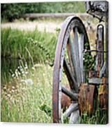 Wagon Wheel In Grass Canvas Print