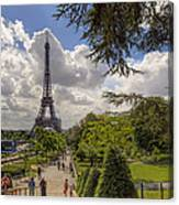 Walkway To The Eiffel Tower Canvas Print