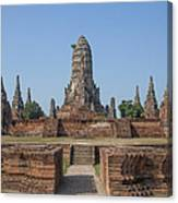 Wat Chaiwatthanaram From The East Dtha0187 Canvas Print
