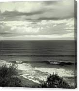Wave Watching In Black And White - Kauai - Hawaii Canvas Print
