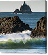 Waves Breaking At Ecola State Park Canvas Print