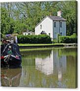 White House And House Boat Canvas Print