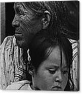 White Mountain Apache Elder And Granddaughter Rodeo White River Arizona 1970 Canvas Print
