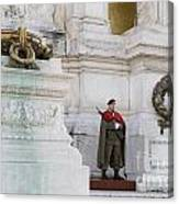 Wreath And Guard At The Tomb Of The Unknown Soldier Canvas Print