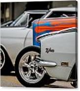 Z28 In White Canvas Print