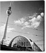 berliner fernsehturm Berlin TV tower symbol of east berlin and the Alexanderplatz railway station Canvas Print