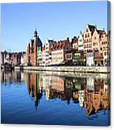 Gdansk Old Town And Motlawa River Canvas Print