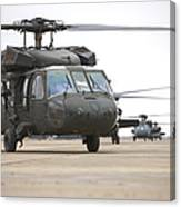 Uh-60 Black Hawks Taxis Canvas Print