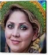Hispanic Columbus Day Parade Nyc 11 9 11 Female Marcher Canvas Print