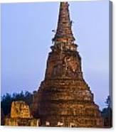 Stupa Chedi Of A Wat In Ayutthaya Thailand Canvas Print