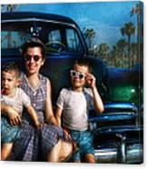 Americana - Car - The Classic American Vacation Canvas Print