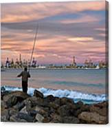 As He Caught His Dinner .... Canvas Print