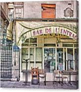 Bar De L'entracte Canvas Print