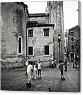 Children At Play In A Venice Piazza Canvas Print