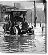 Cleveland: Flood, C1913 Canvas Print