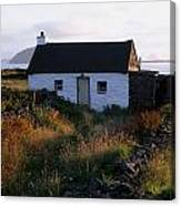Cottage, Near Dunquin, Dingle Canvas Print