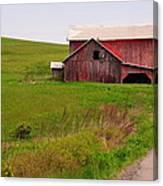 Country Barn Canvas Print