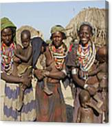 Ethiopia-south Three Moms And Their Kiddos Canvas Print