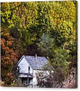 Farmhouse In Fall Canvas Print