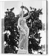 Forsyth Fountain - Black And White 2 Canvas Print