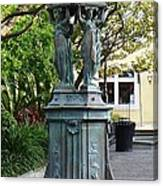 Garden Statuary In The French Quarter Canvas Print