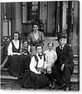 Grover Cleveland And His Family, 1907 Canvas Print