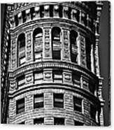 Historic Building In San Francisco - Black And White Canvas Print