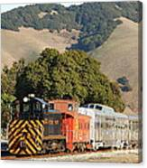 Historic Niles Trains In California . Old Southern Pacific Locomotive And Sante Fe Caboose . 7d10818 Canvas Print