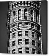 Hobart Building In San Francisco Ll - Black And White Canvas Print